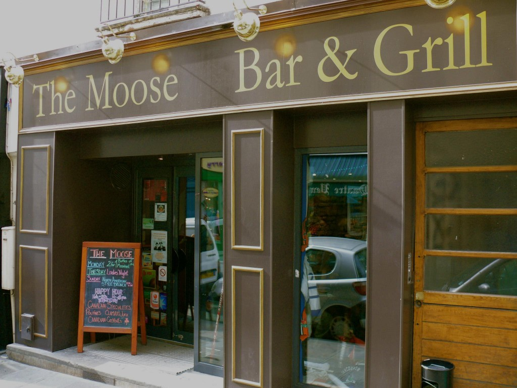 The Moose Bar & Grill - Paris Attitude