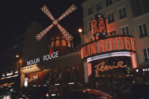moulin-rouge-christmas